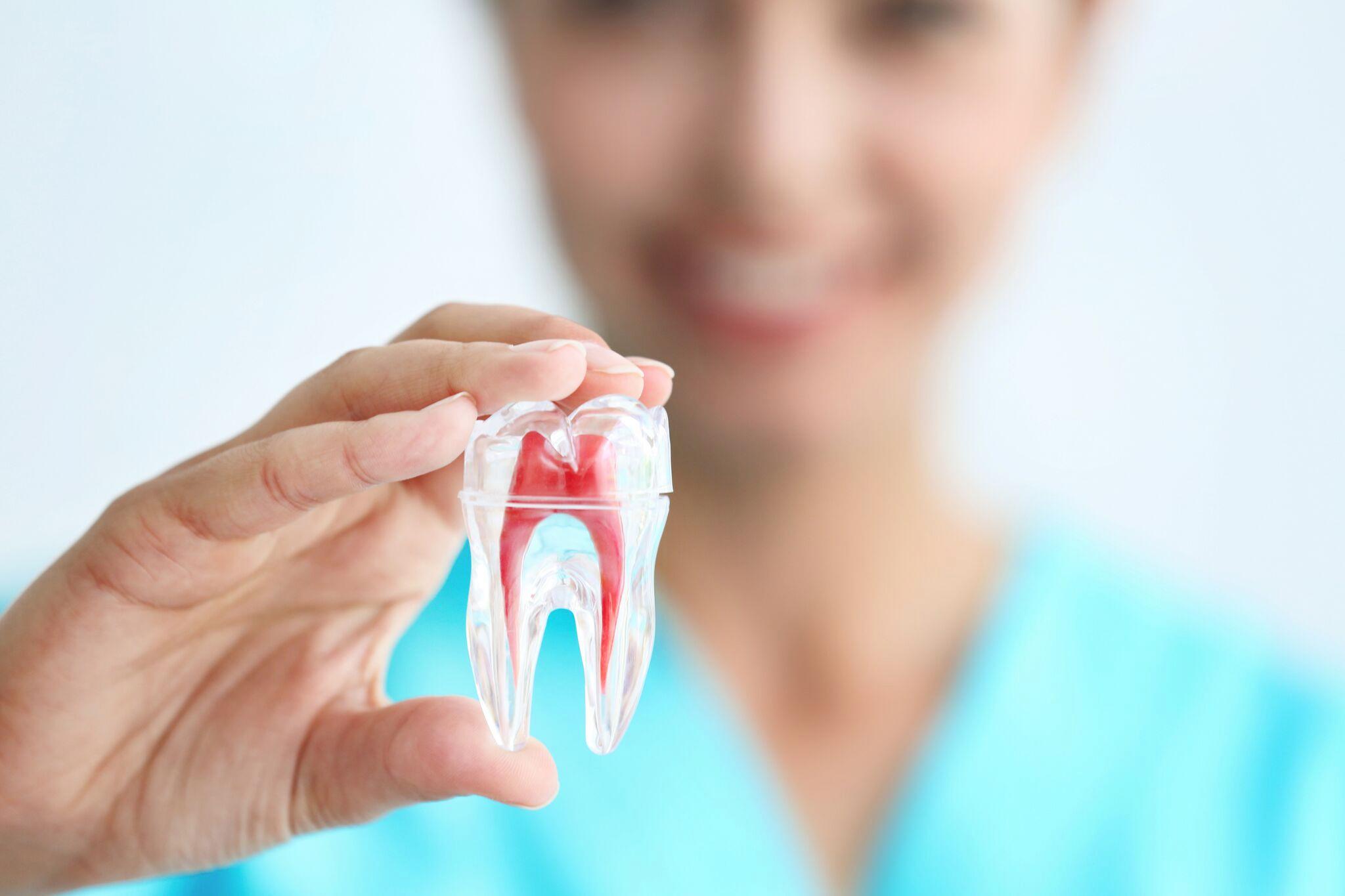 tandbehandlinger